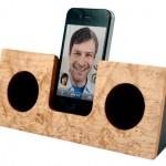 Drewniany Dock na iPhone