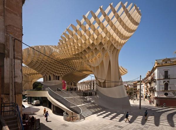 Najwieksza-struktura-z-drewna-12