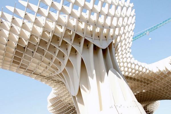 Najwieksza-struktura-z-drewna-20