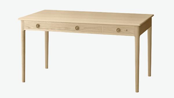 front naturalnego biurka