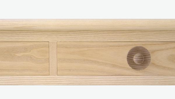 otwarta szuflada biurka